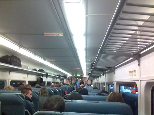 Interior del tren de New Jersey Transit