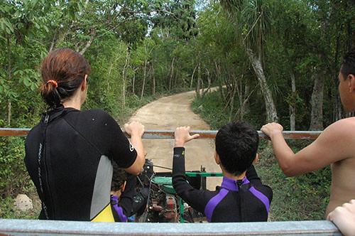 02 Ride thru Jungle