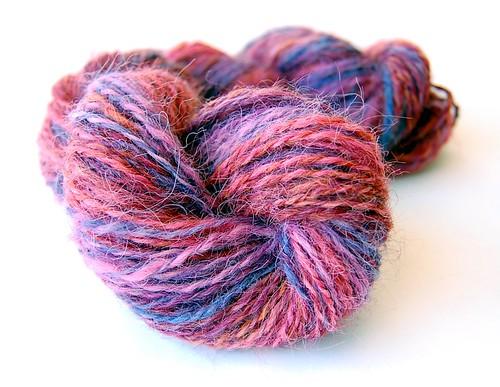 Handspun alpaca yarn (by jeninmaine)