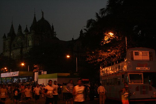 Mumbai Marathon 2008 029 (by kapsi)