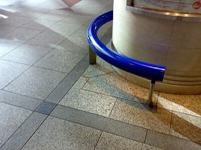 神戸駅を抜けて