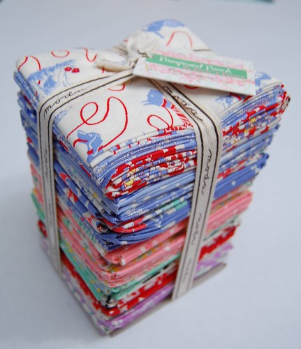 Moda Pampered Pooch Fat Quarter Set (by jeninmaine)