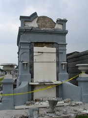 Pics from Cemeteries 25 at end of Canal in New Orleans
