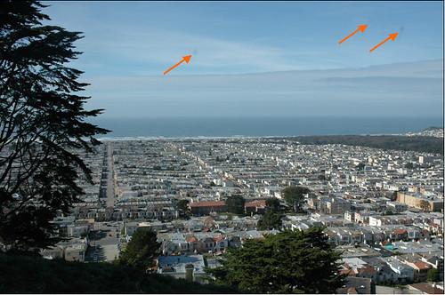 Nikon D70 dust spot rant