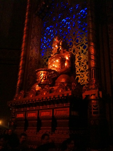 Holy crap, the Fox Theater in Oakland is beautiful!