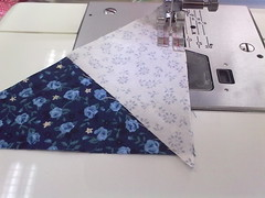 step 1a - sew the big and the small triangle