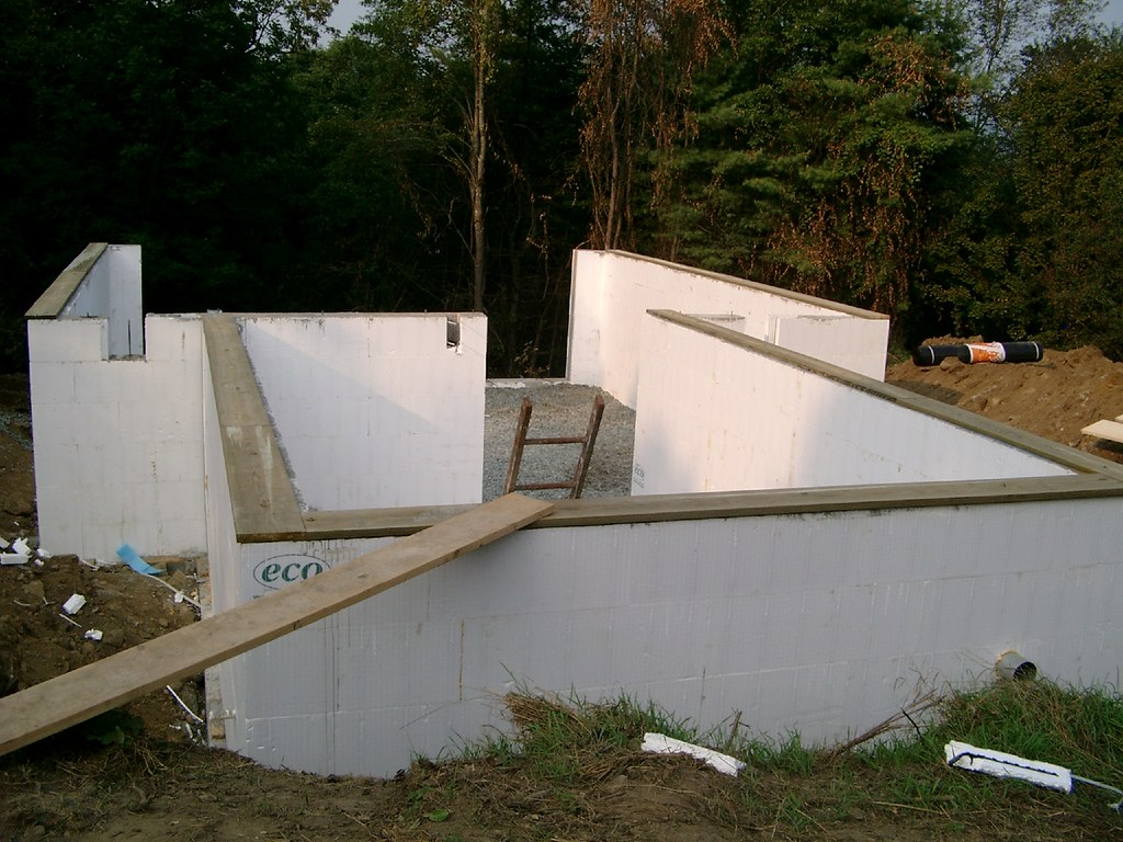 Foundation with gangplank