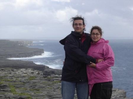 Alex y Estela en Dún Aonghasa