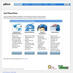 screenshot of Plaxo client downloads page. Get Plaxo Now.