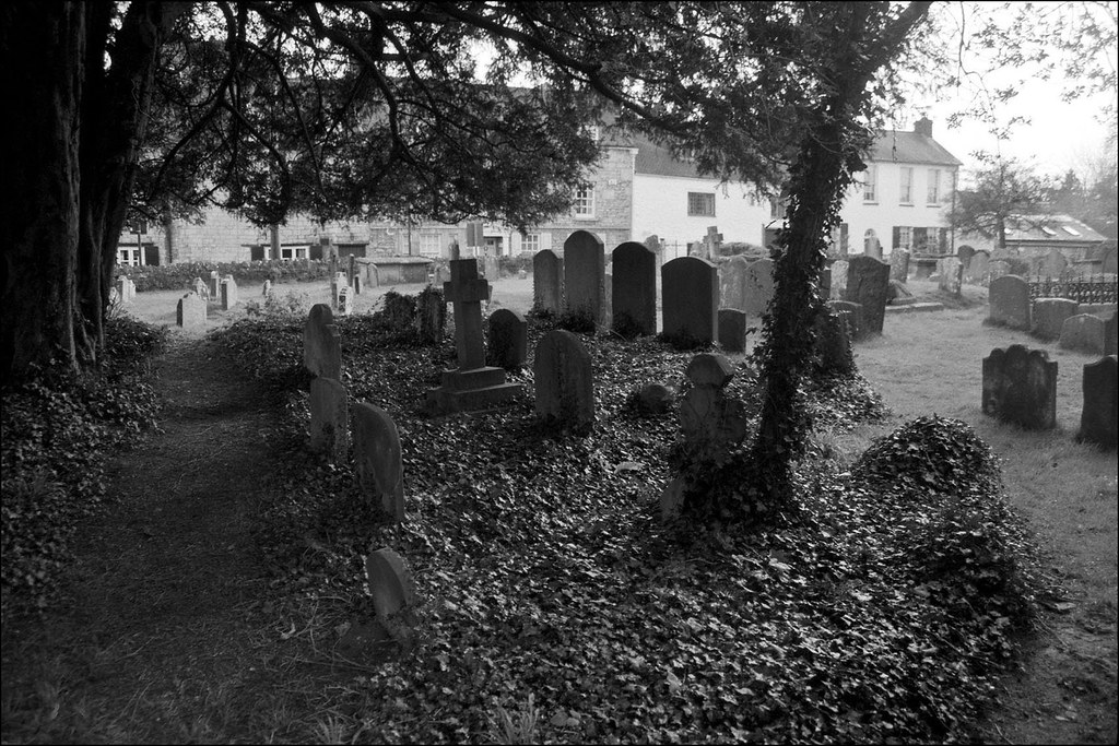St Andrews churchyard 4
