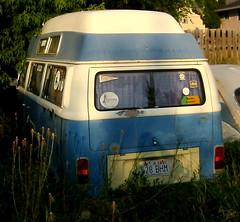 VW Earthship - Resting in a Utah back-40