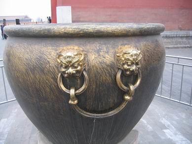 鍍金大水缸