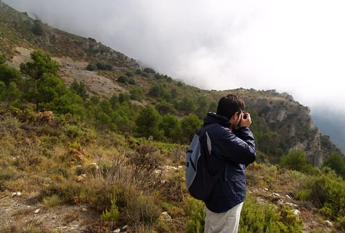 Pau fotografiando la Vall de Guadalest