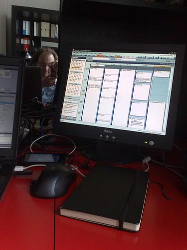 Boekje en monitor