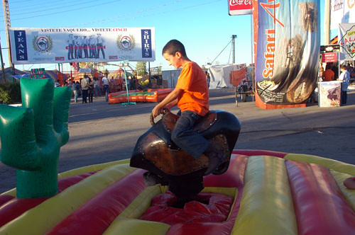 Chihuahua Feria - 03 - Nadav on Mech Bull