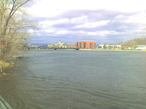 Grand River 6th st bridge