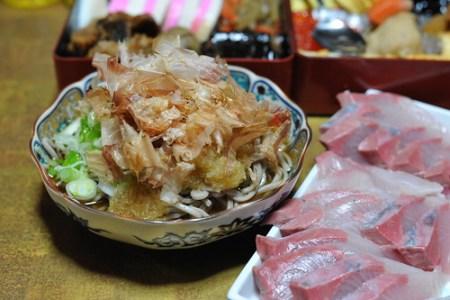 寒くても吹雪いても、福井の年越し蕎麦は冷たい「越前おろし蕎麦」