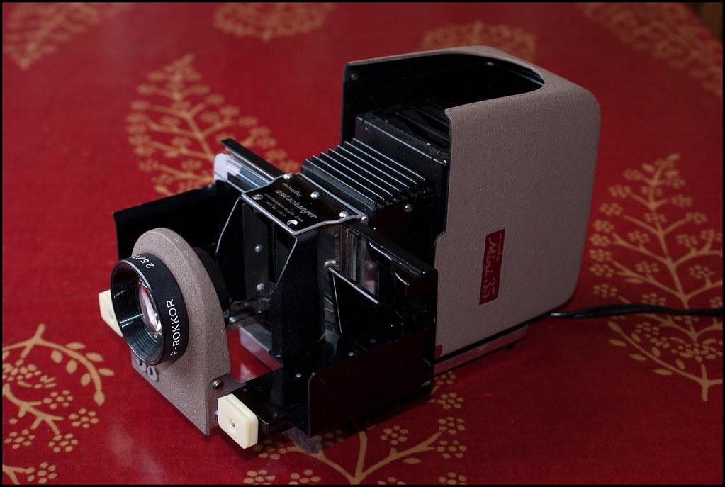 Minolta Mini 35 slide projector kit (11 of 13).jpg