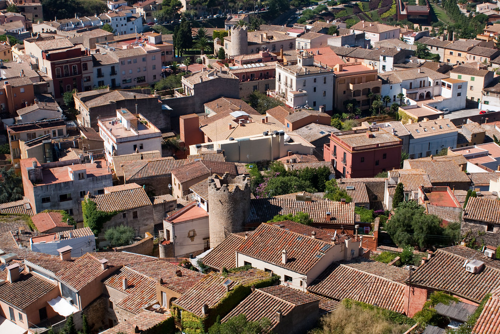 Begur roofs