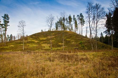Stirnių piliakalnis   Stirniai mound