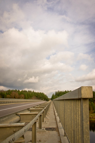 Tiltas per Nerį | The bridge over the Neris River