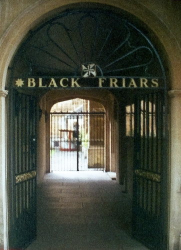 Black Friars Oxford  | Minolta 110 Zoom | outdated film