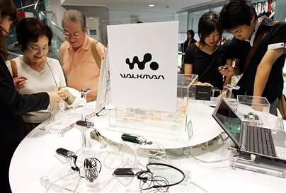Sony to Stop Making Walkmans in Japan, Shift All Production to China, Malaysia - TOKYO (AP) - Sony Outsider