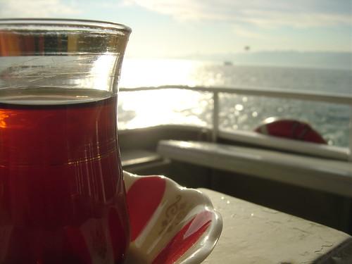 Üsküdar'dan ve çaydan vazgeçemeyenler için...