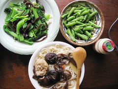 chicken mushroom noodles, vegetables, Yakult