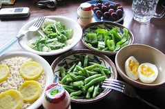 grapes, vegetables, egg, rice, Yakult