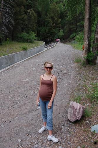 The Pregger Woman Takes a Hike