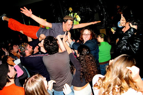 crowd surfing at Jewlicious.2