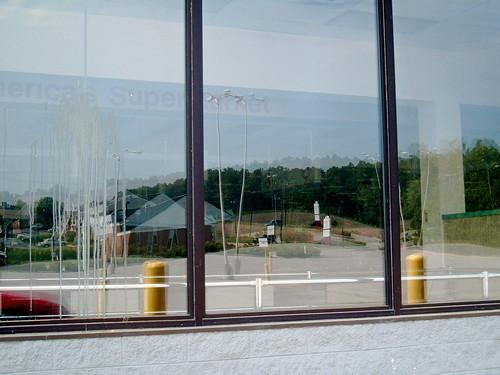 Winn Dixie (Franklin, VA; closed, 2005)