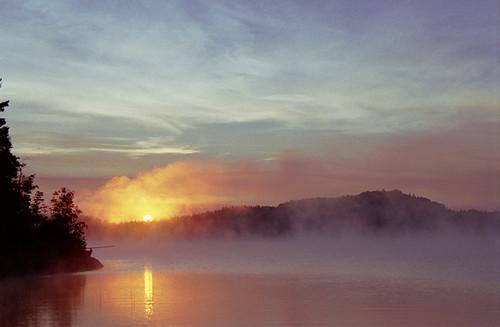 Sunrise over Ives Lake
