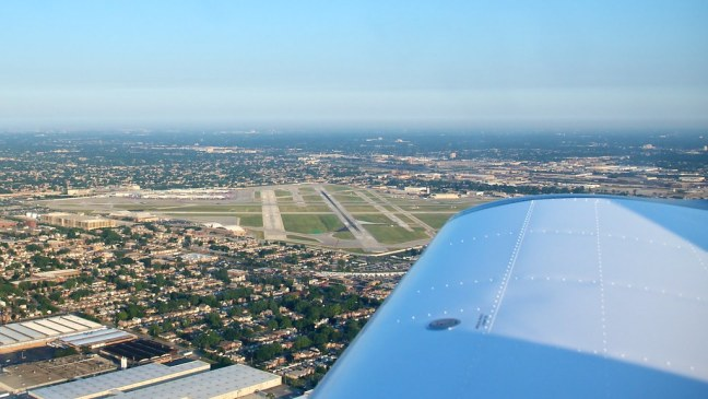 Midway Airport off my right wingtip
