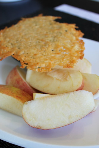 Parmesan Crisp, Apple