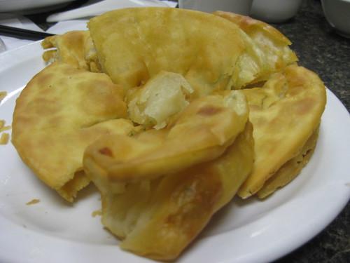 Pho Huong/Mama Pizza