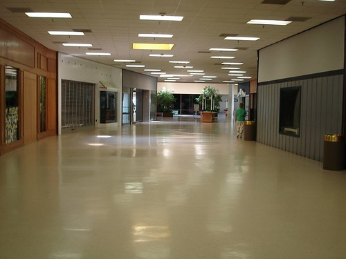 Becker Village Mall (Roanoke Rapids, NC--Dead Since 2002?) (3/6)