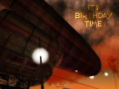 a giant Airships approachs the 3rd Second Life birthday