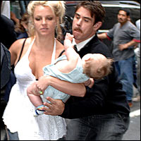 Britney dropping baby