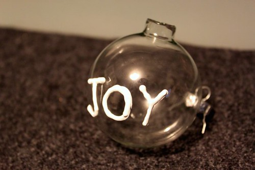 Puffy Paint Ornament