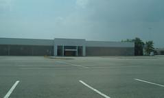 Dillards (Coliseum Mall, Hampton, VA. Fenced Off)