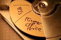 Festplatte beschriftet
