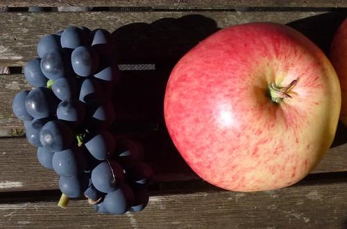 Druer og æble