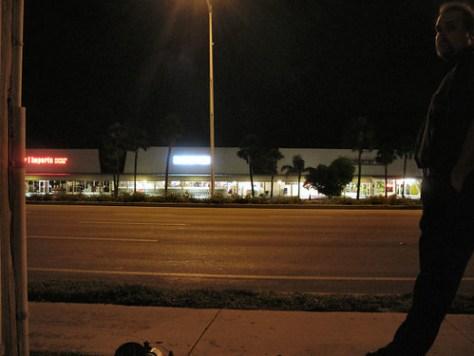 selfport-bus stop
