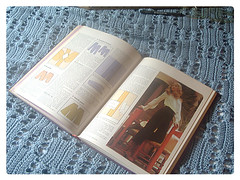 1970s sewing book 6/10