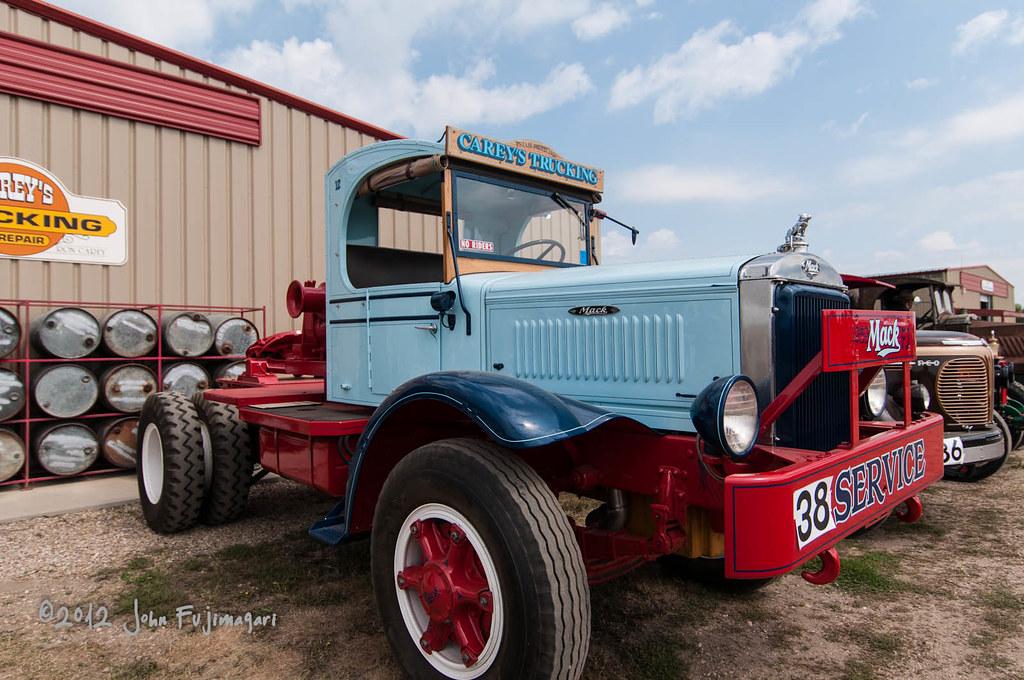 Mack Winch Truck