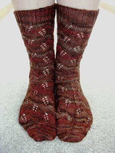 embossed leaf socks