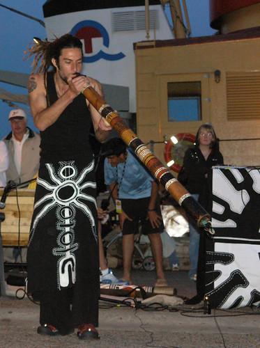 Didgeridoo-dah Didgeri-day