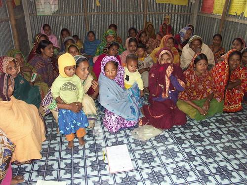 Weekly group meeting in a members home